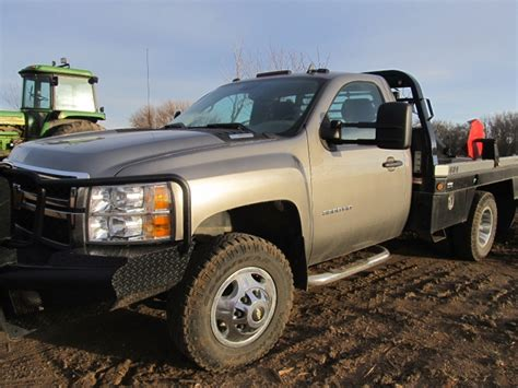 deweze bale bed for sale 2012 chevy 3500 4x4 with deweze bed tct classifieds
