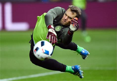 top 10 english premier league goalkeepers in 2016 neuer sommer the best goalkeepers at uefa euro 2016