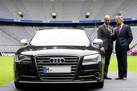Audi M Nchen Jobs by Audi Gives S8 To New Bayern M 252 Nchen Coach News