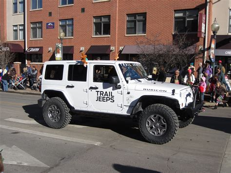 christmas parade jeep olde golden christmas parade not your average engineer