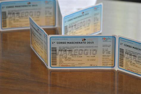 ingresso carnevale viareggio partita la vendita dei biglietti per l ingresso ai corsi