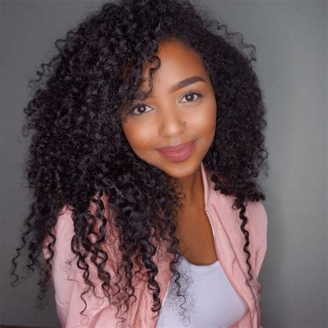 Hairstyles For Tight Curly Hair by 1000 Ideas About Tight Curly Hairstyles On