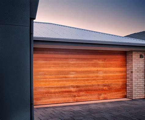 Mba Garage Doors by Timber Sectional Garage Doors Series Samtgatemotors