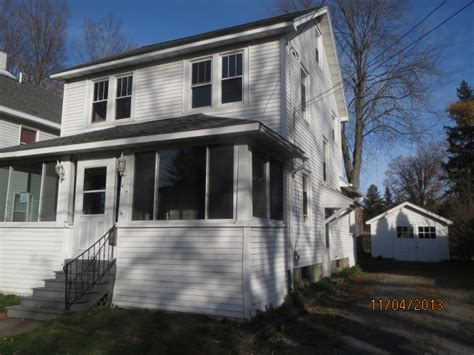 houses for sale in baldwinsville ny 41 1 2 seneca st baldwinsville ny 13027 reo home details reo properties and bank