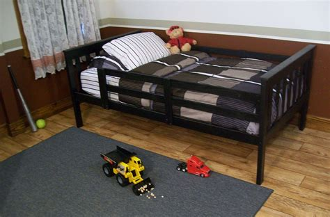 twin bed safety rails twin bed safety rails 28 images twin bed with rails platform bed with guard rail