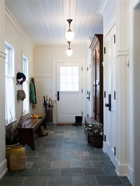cozy  simple farmhouse entryway decor ideas digsdigs