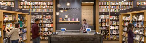 amazon new books amazon s 8th bookstore will open in paramus nj the