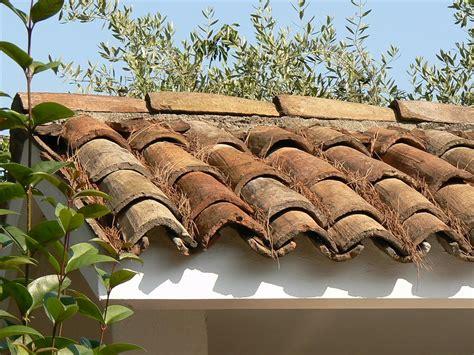 dachziegel mönch und nonne mediterrane baustoffe mediterrane dachziegel