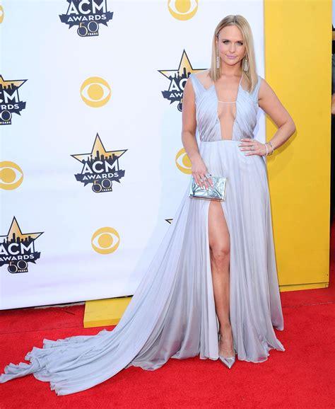 acm awards 2015 miranda lambert changes her outfit four miranda lambert 2015 academy of country music awards 21
