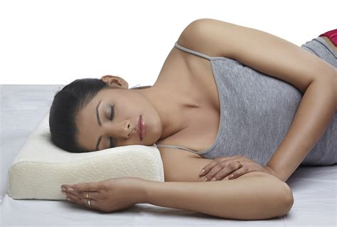Best Pillows For Side Sleeping by Top 10 Best Pillows For Side Sleepers All Best Top 10