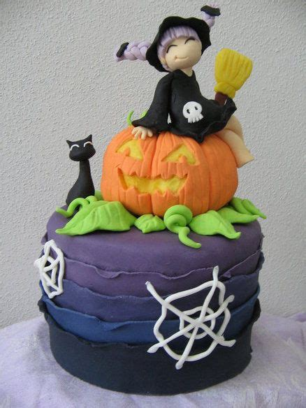 cute halloween cake cakes pinterest birthdays cakes   witch