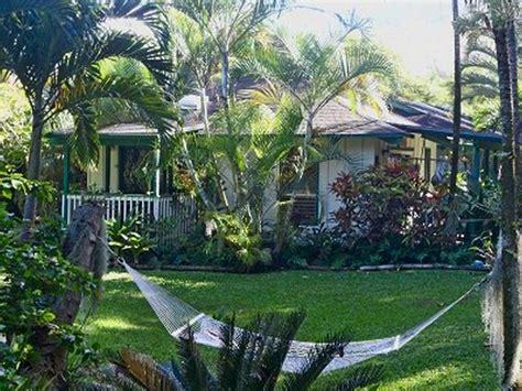 tiki hut rentals in hawaii tiki hut cottage lush tropical garden walk to tunnels