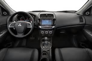 Mitsubishi Outlander Se 2015 Mitsubishi Outlander Sport 2 0l Test Motor Trend