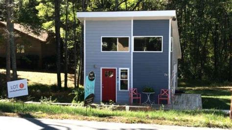 tiny house development tiny house development causing big trouble in north carolina neighborhood fox news