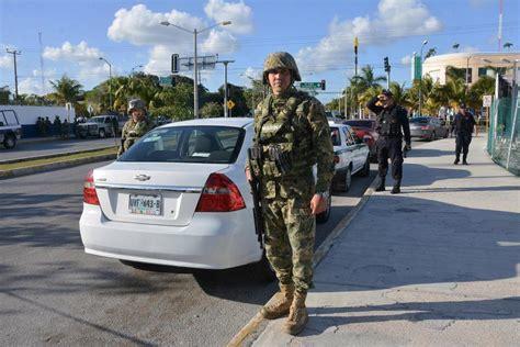 water scooter gunmen cancun cancun gun horror as gunmen open fire at beach vendor at