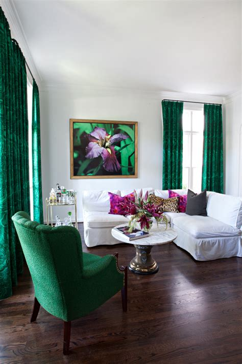 green decor an eye on malachite how to get the emerald green look