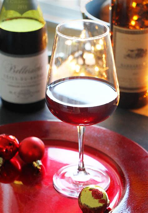 the best wines under 10 this holiday season msn money affordable holiday red wines under 25 imbibe magazine