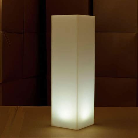 colonne led colonne led carree tiki colonnes lumineuses sans fil