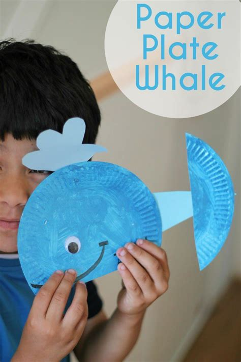 How To Make A Phlet Out Of Paper - best 25 whale crafts ideas on