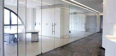 ufficio italiano arredamento pareti divisorie sedie ufficio design italia