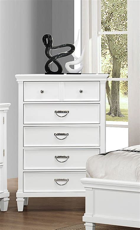 pulaski hannah accent table 517129 homelement com hannah chest chests bedroom furniture bedroom