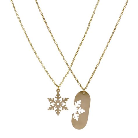 this friendship necklace on the hunt