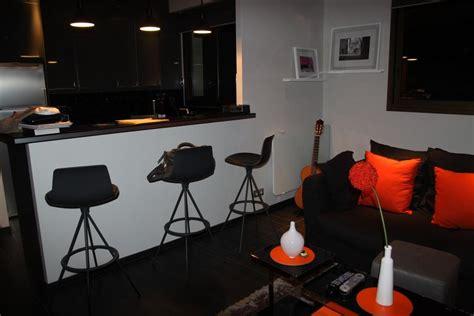 salon noir orange moderne photo 24 murpro photo salon et orange d 233 co photo deco fr