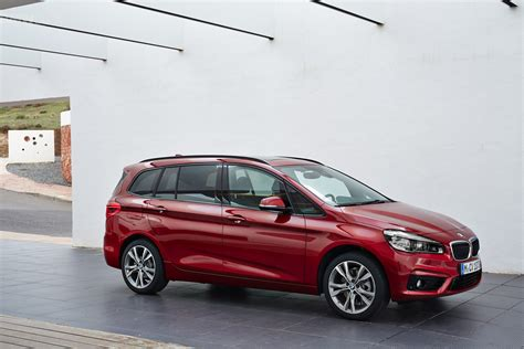 bmw 2 series gran tourer exterior images 44
