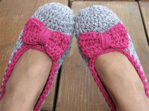 accesorize slippers crochet slippers with pink bow accessories