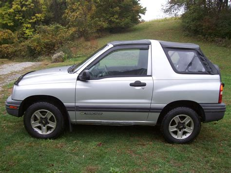 chevy tracker convertible 2002 chevrolet tracker pictures cargurus