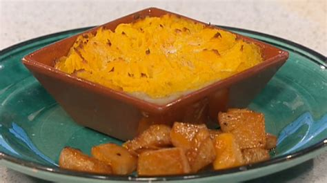 This Morning Recipes Phil Vickery Cottage Pie by Phil Vickery Cottage Pie With And Sweet Potato Mash