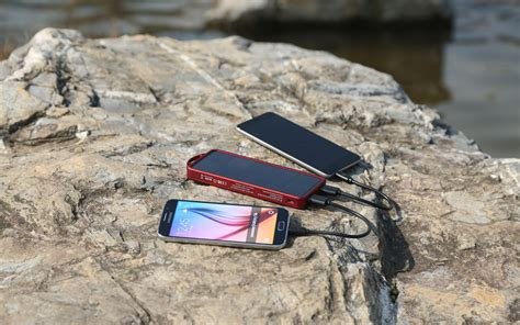 solar phone charger 5 key things to before you buy