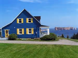 Home Photos Blue House A Photo From Quebec Central Trekearth