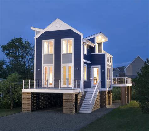 Cool Beach Houses | the new beach house two pretty cool houses