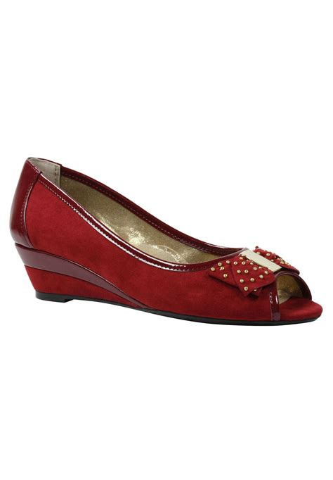 azahar dress shoes by j renee 174 plus size wedges roaman s