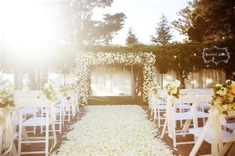 Wedding Aisle With Petals by Picture Of Wedding Aisle Petals Decor Ideas