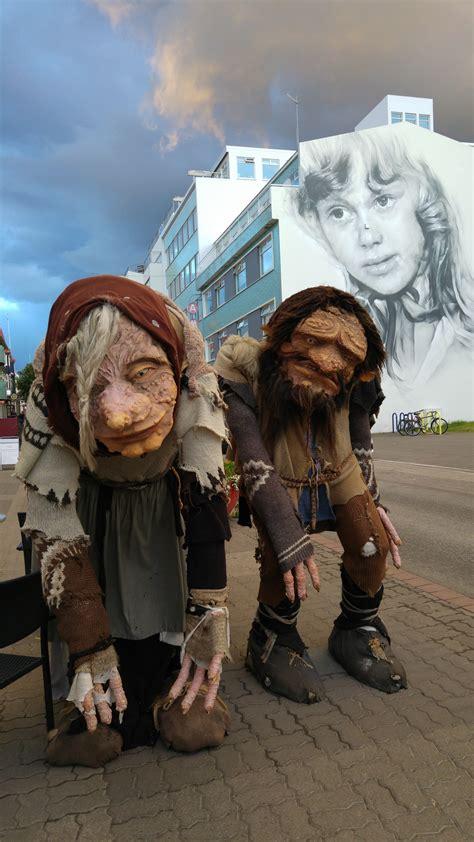 turisti per caso islanda troll islandesi viaggi vacanze e turismo turisti per caso