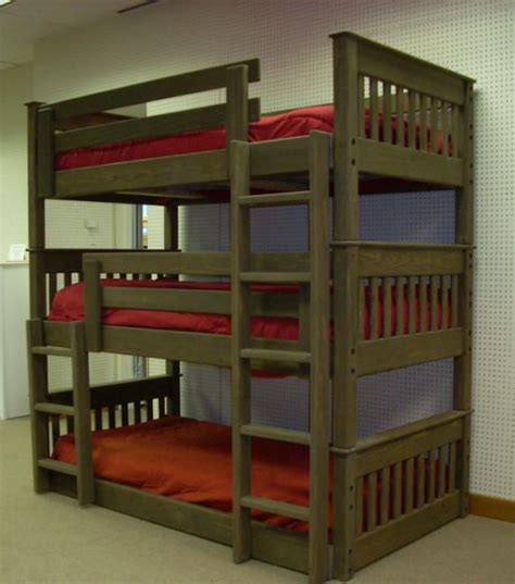 triple bunk beds best 25 triple bunk beds ideas on pinterest triple bunk