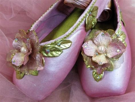 Decorated Shoes by 51 Best Images About Decorated Pointe Shoes On