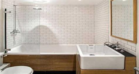 Bathroom Surround Tile Ideas by Carrelage M 233 Tro Blanc Ou Noir On Aime Les Deux