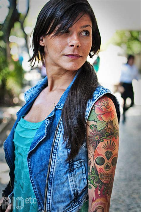 tattoo diamond forehead girl s sugar skull tattoo with flowers and diamond