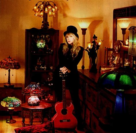 stevie in a top hat stevie nicks photo 29564434 fanpop