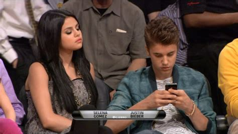 kissing in bed games pictures of justin bieber and selena gomez kissing in bed long hairstyles