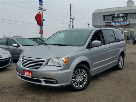 2014 Chrysler Town And Country by 2014 Chrysler Town And Country Touring Pickering