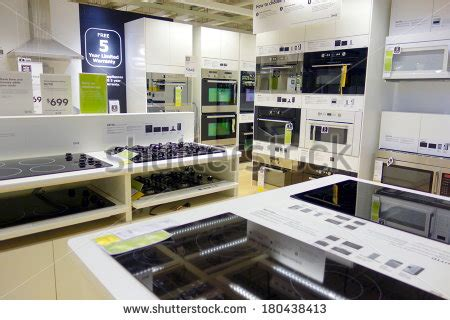 kitchen appliances stores appliance store stock photos images pictures