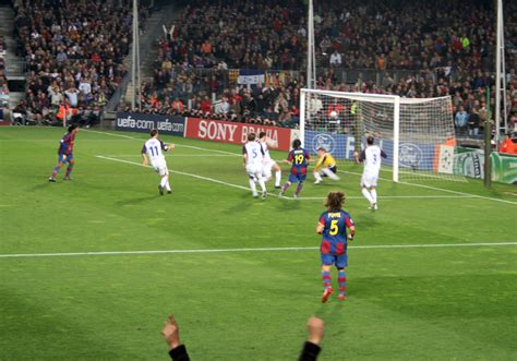 fb wiwik file barcelona rangers cl0708 2goal jpg wikimedia commons