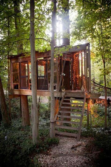 dormire casa sull albero ora puoi dormire davvero nella casa sull albero che