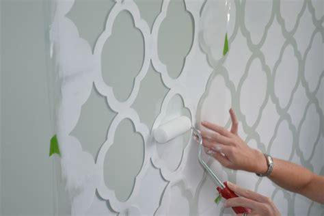 stencil fiori da stare stencil cameretta decoupage realizzare decori con