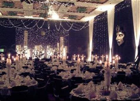 Prom Decorations Uk by Best 25 Masquerade Centerpieces Ideas On