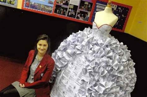 How To Make A Wedding Dress Out Of Toilet Paper - wedding dress made out of divorse papers herbeat